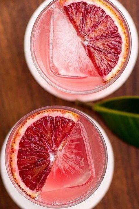 Citrus, Red, Leaf, Ingredient, Fruit, Grapefruit, Citric acid, Flowering plant, Natural foods, Produce,