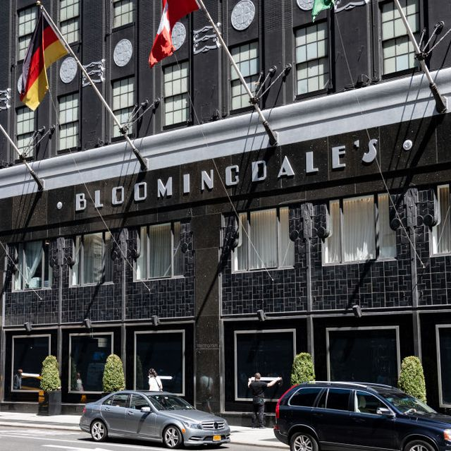 Bloomingdale's 25 Percent Off Sale Is a Must-Shop