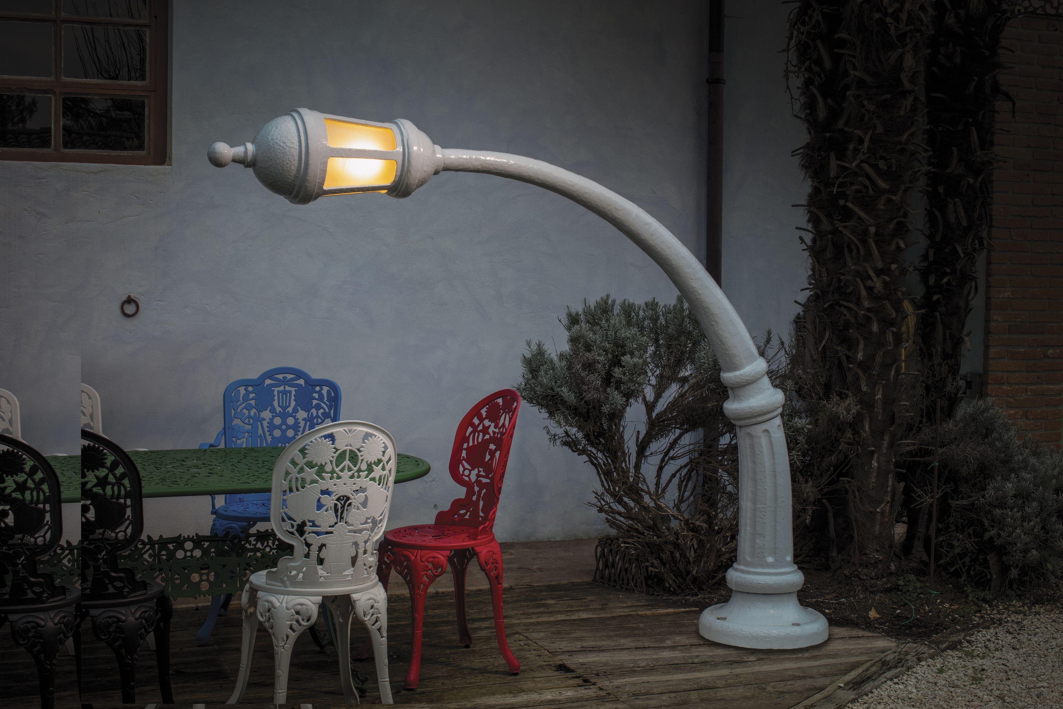 Paolodonadello carpiata lampada da terra per esterni
