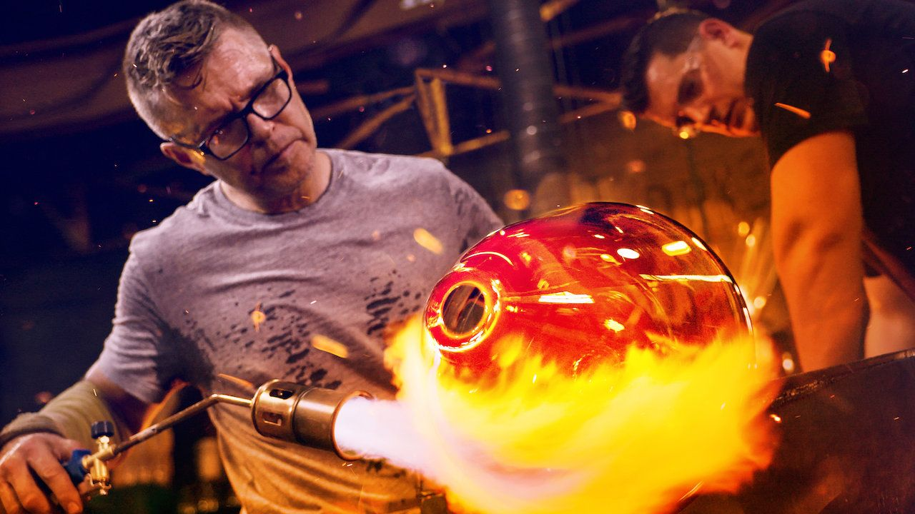 Blown Away Is Netflix's Must-Watch Glassblowing Competition of the Summer