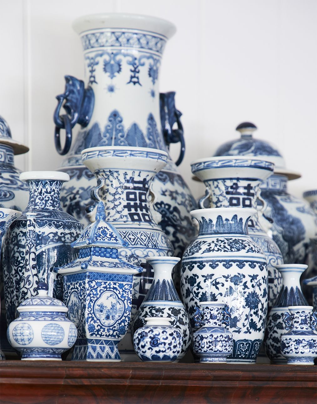 History of Blue-and-White Ceramics - Classic Color Combination
