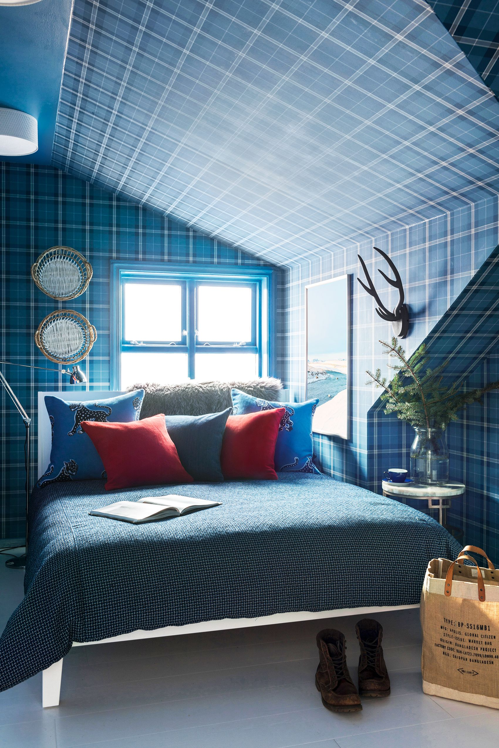 17 Beautiful Blue Bedroom Ideas 2021 How To Design A