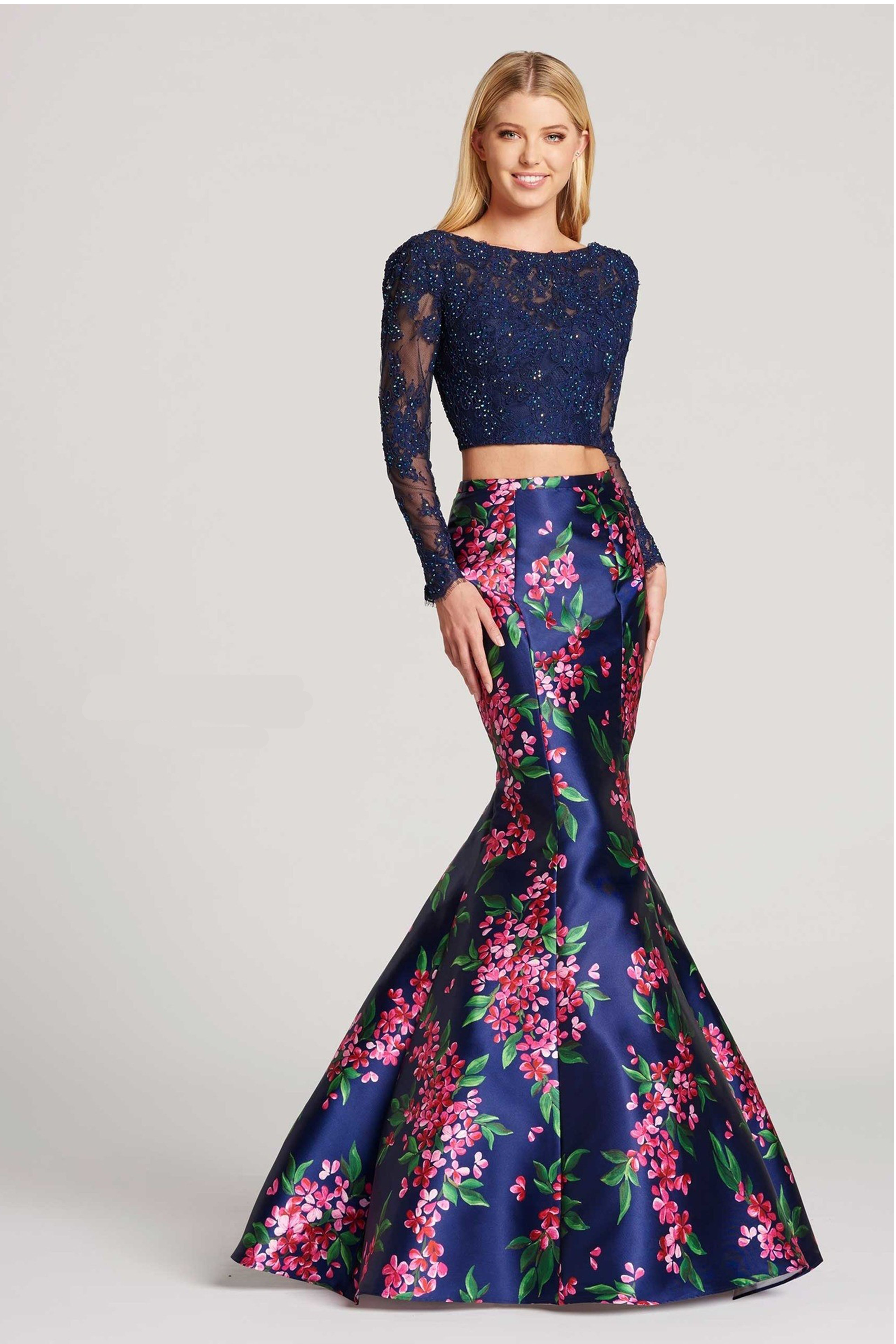 e163c8866eb2 11 Most Elegant Long Sleeve Prom Dresses of 2018 for a Modest Look