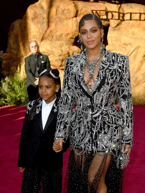 beyoncé and blue ivy at the lion king premiere in july 2019