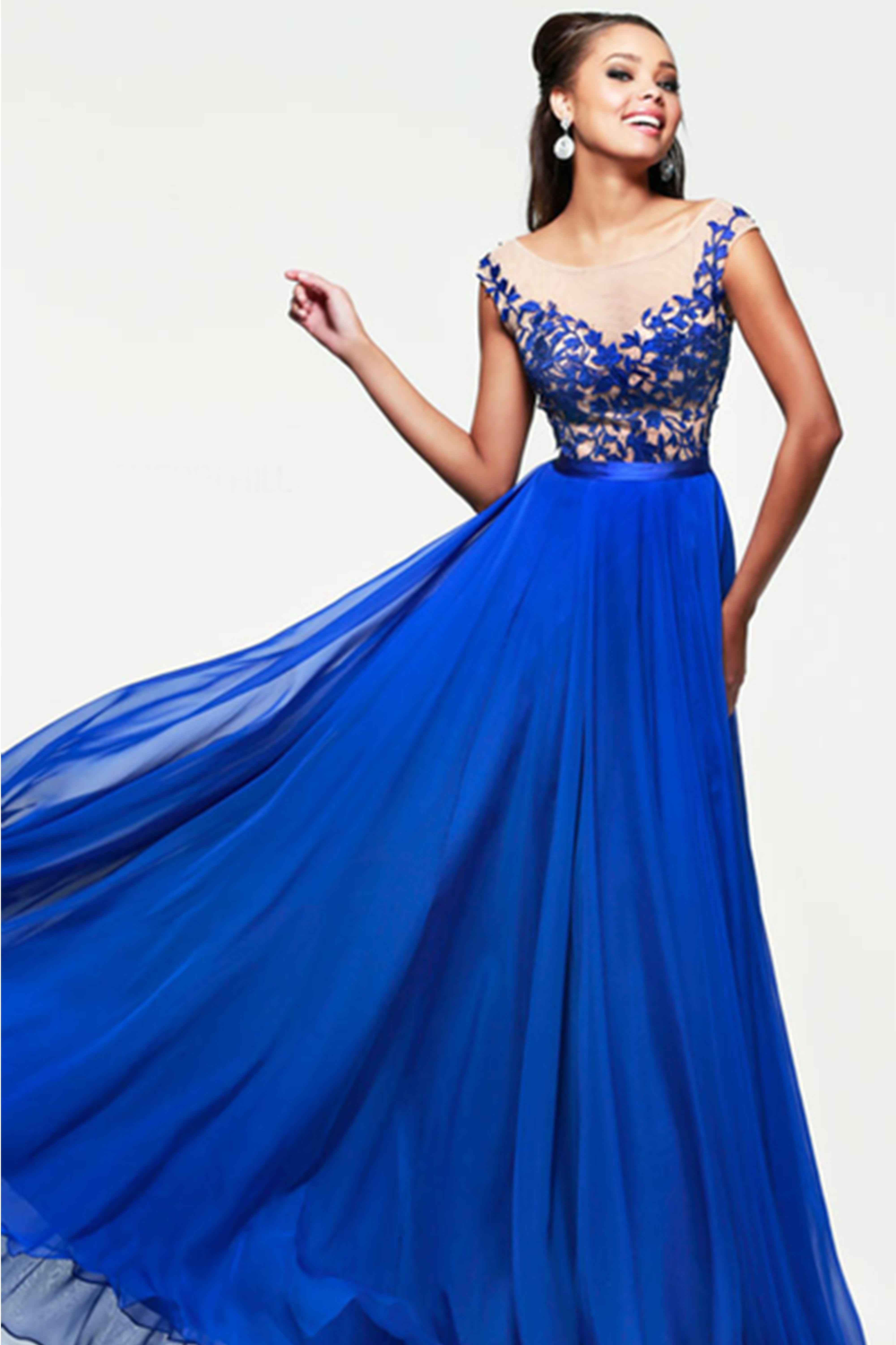 10 Best Blue Prom Dresses for 2018 in Royal, Navy and Baby Blue