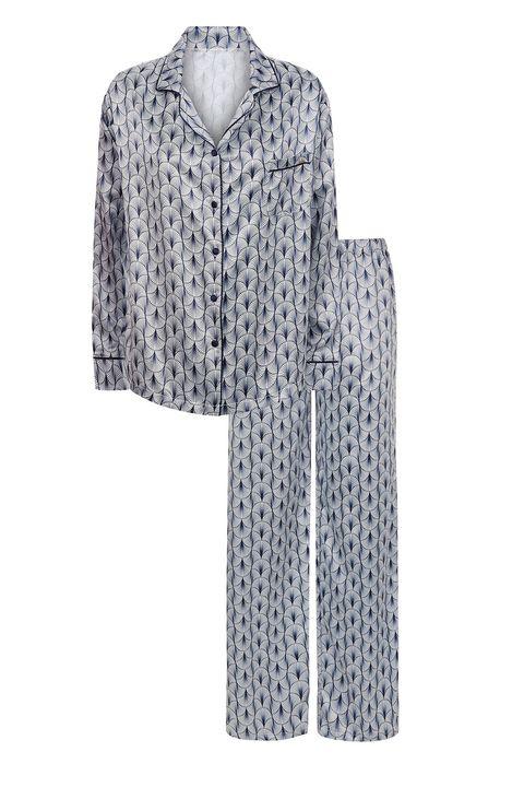 Clothing, White, Sleeve, Outerwear, Pattern, Collar, Design, Blouse, Fur, Robe,