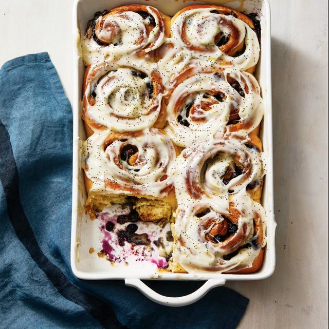blueberry sweet rolls with lemon