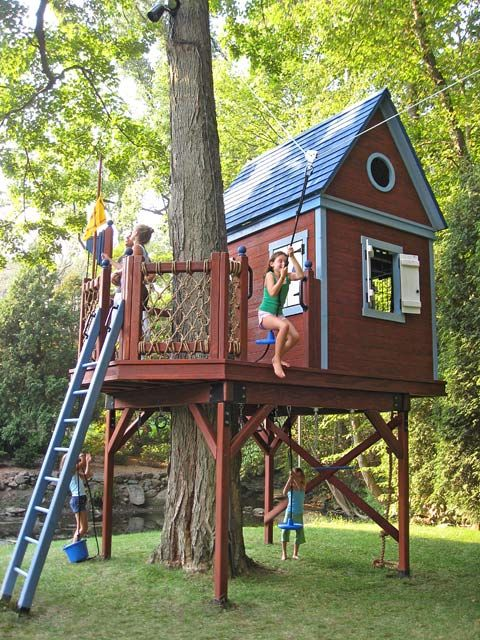 19 Best Treehouse Ideas For Kids - Cool DIY Tree House Designs