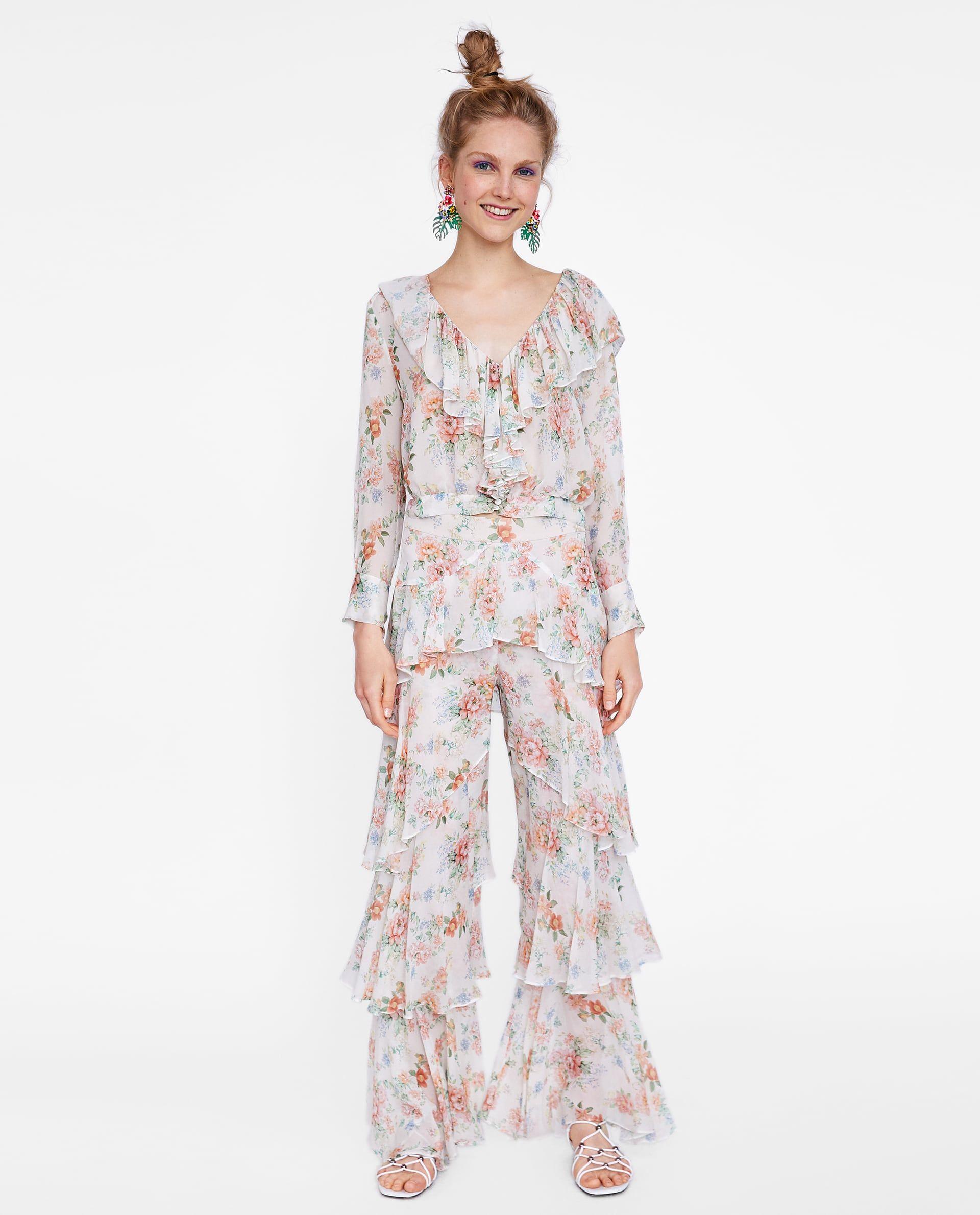 En Zara hay 10 estilismos perfectos para invitadas que huyen
