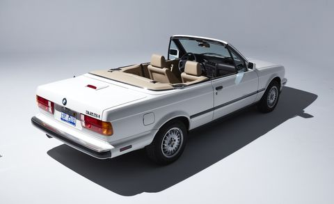 Land vehicle, Vehicle, Car, Classic car, Sedan, Coupé, Personal luxury car, Convertible, Automotive exterior, Model car,