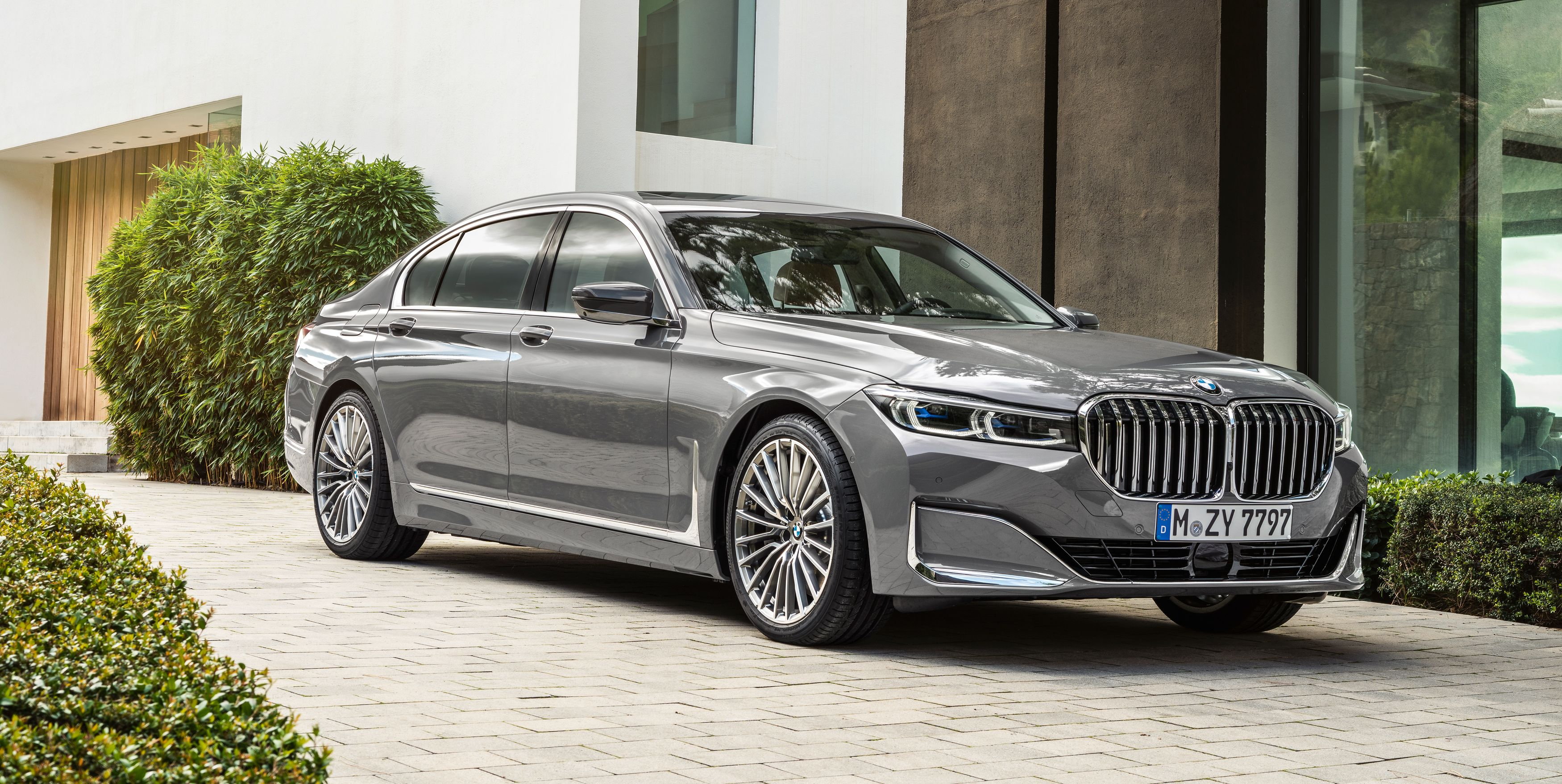 New Bmw 7 Series >> 2020 Bmw 7 Series Updated Bigger Grille Revised Engines More Tech