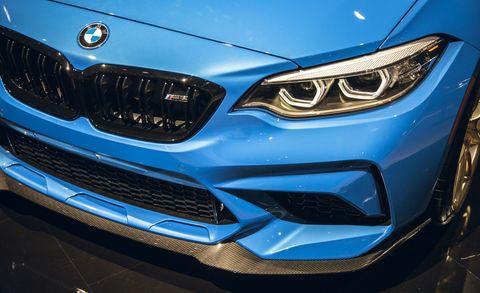 Land vehicle, Vehicle, Car, Automotive design, Blue, Personal luxury car, Bumper, Luxury vehicle, Automotive exterior, Grille,