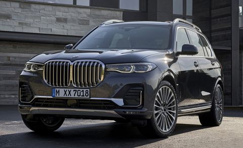 BMW X7 front view