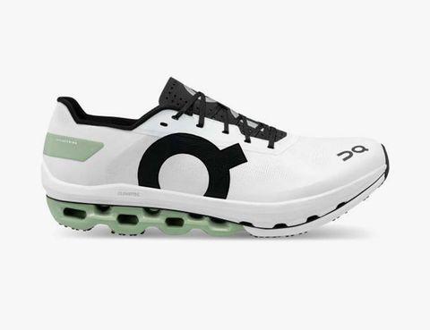 on cloudboom echo sneakers