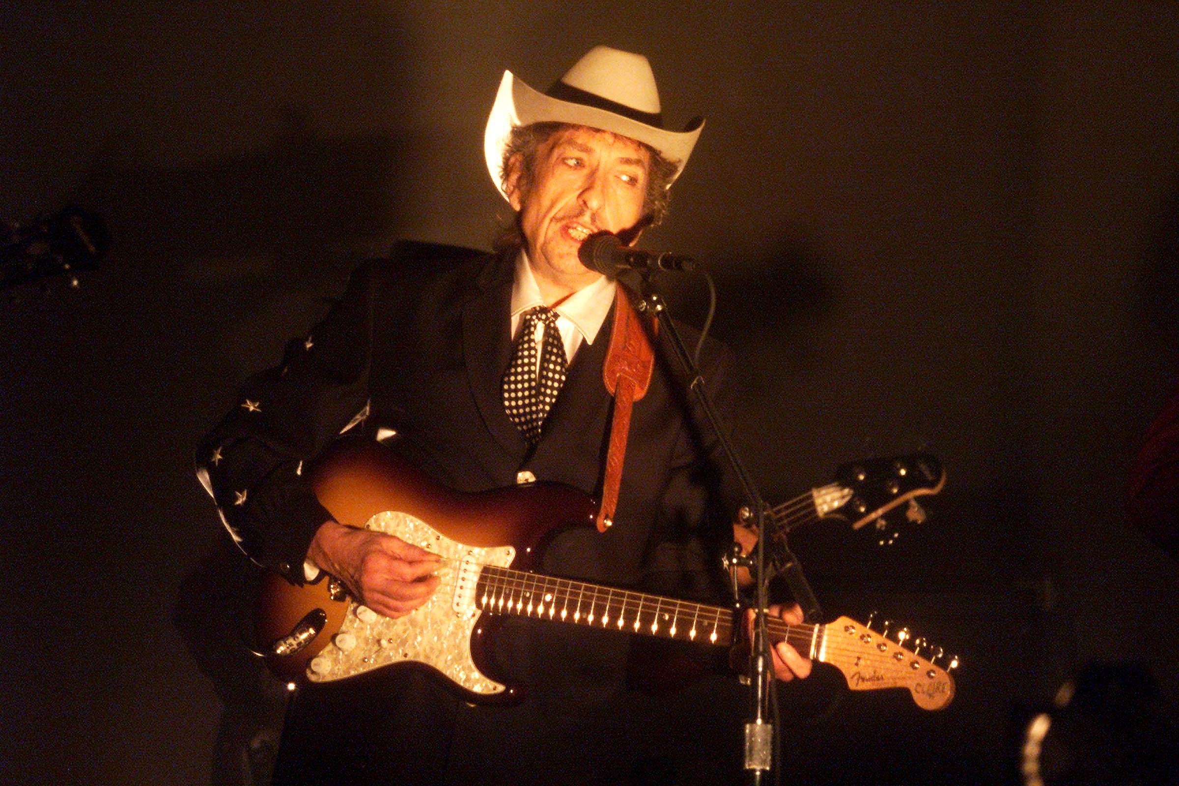 Bob Dylan's Heaven's Door Is Releasing a 'Bootleg Series' Whiskey for $500