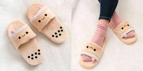 Footwear, Slipper, Pink, Shoe, Finger, Sock, Nail, Pattern, Child,