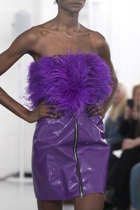 tendenze moda autunno inverno 2020 2021 vestiti pelle