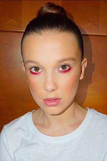 Hair, Face, Eyebrow, Lip, Forehead, Hairstyle, Chin, Beauty, Head, Nose,