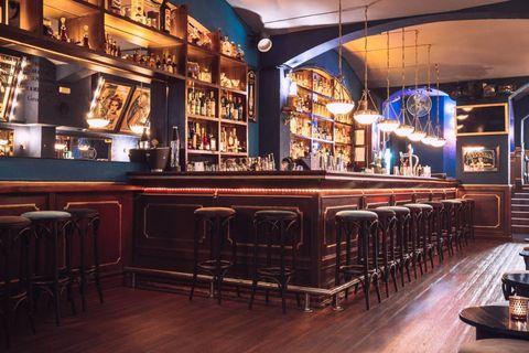 bar clandestinoBobby's Free