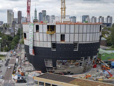 Construction, Architecture, Metropolitan area, City, Urban area, Vehicle, Crane, Condominium, Tower block, Urban design,
