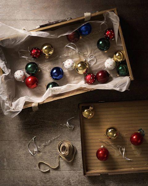 bolas de navidad de la colección vinter de ikea