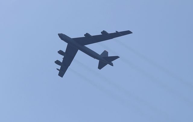 fourth of july military flyover