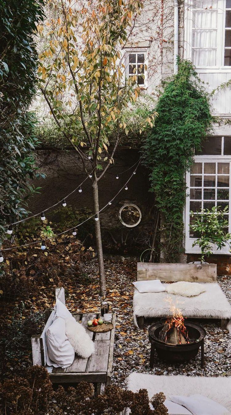 Small Backyard Decorating Ideas