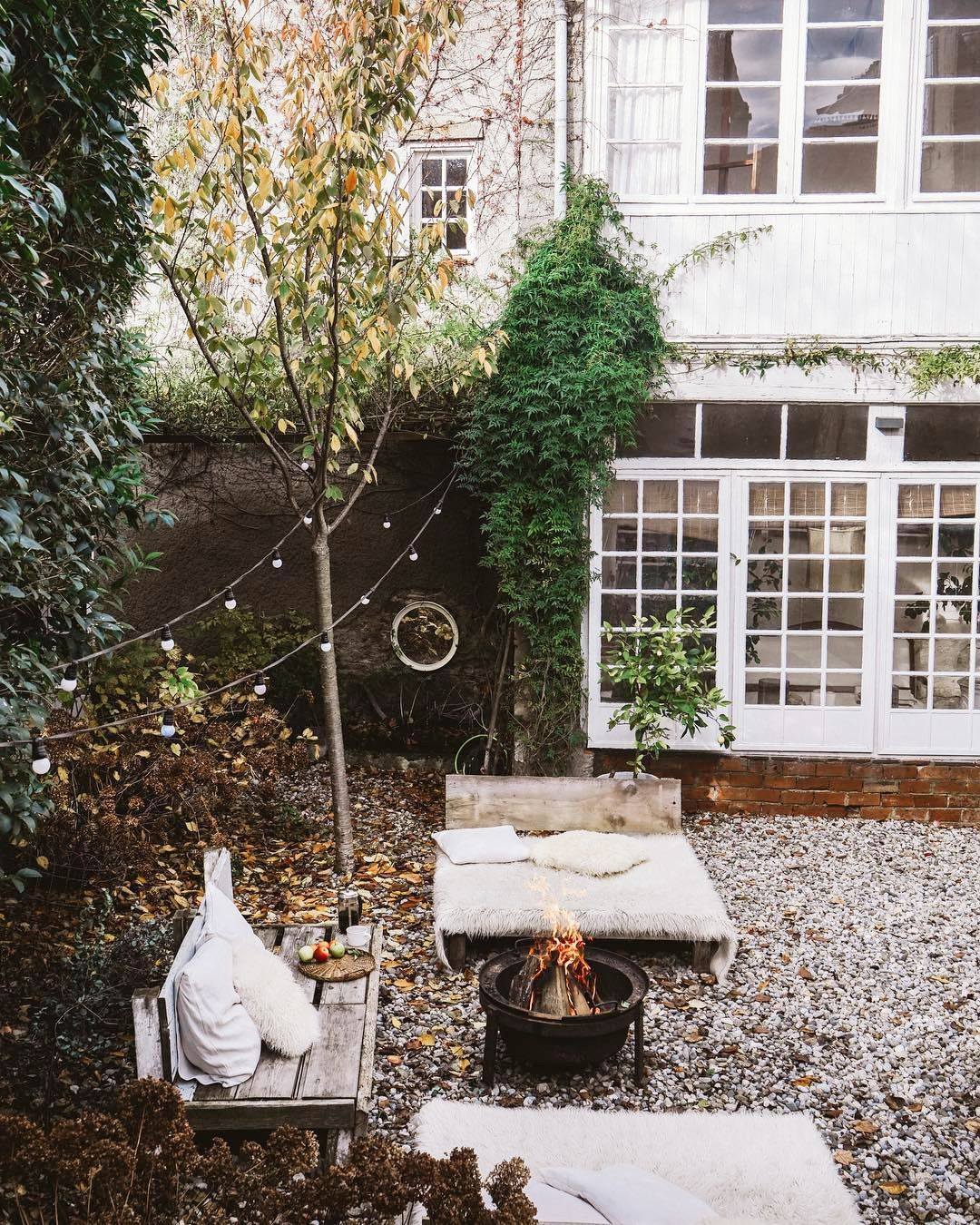 20 Small Backyard Ideas That Pack A Lot Of Punch
