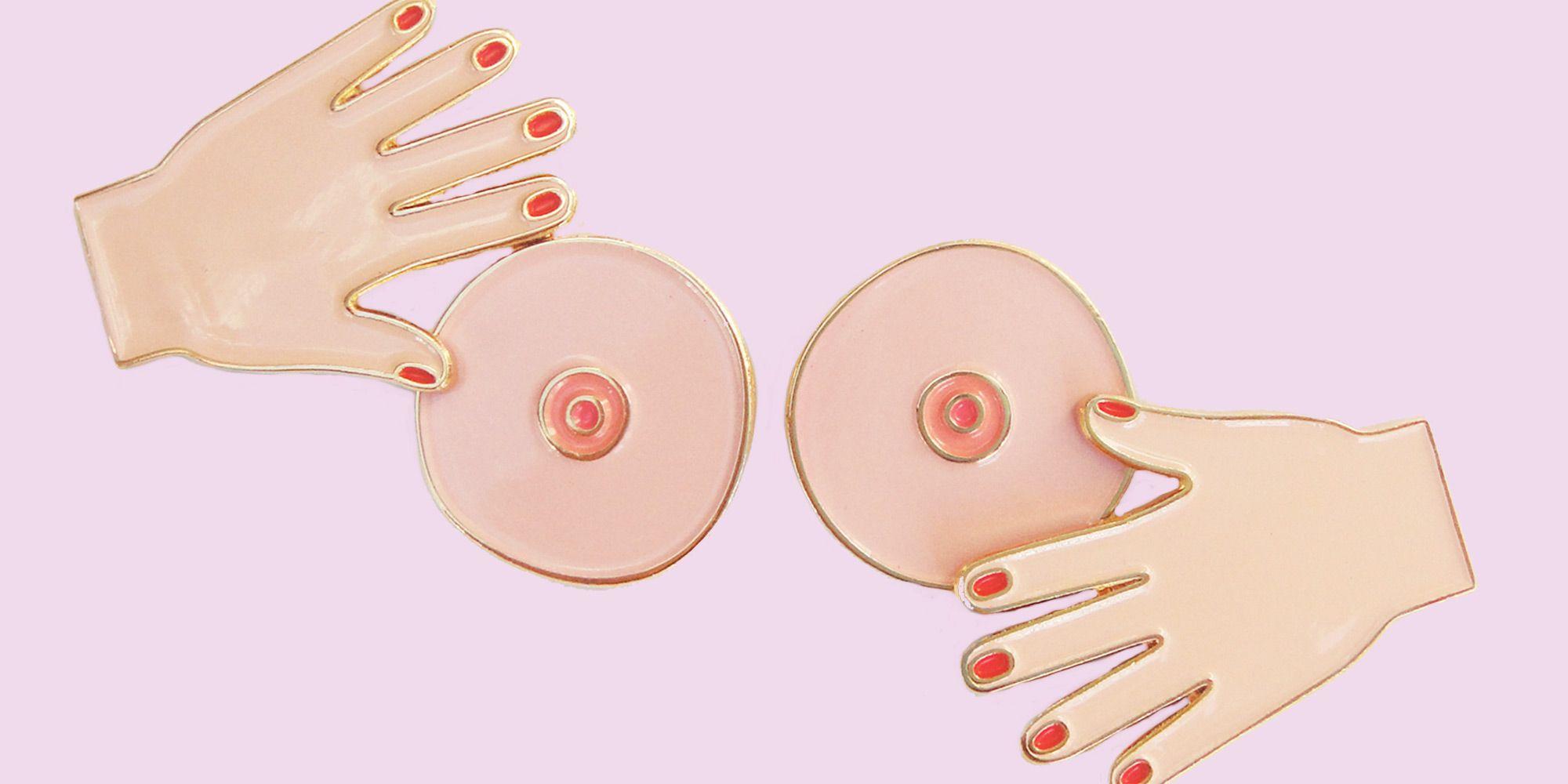 Girls showing her vagina
