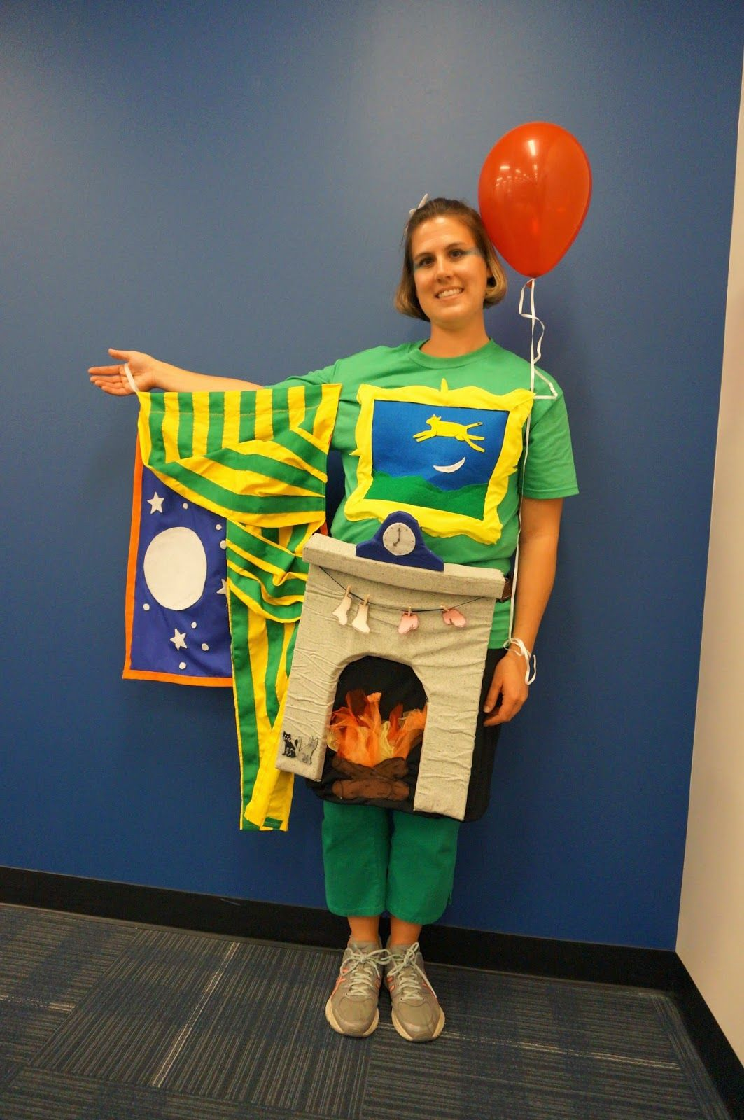 goodnight moon book costume  sc 1 st  Good Housekeeping & 14 Best Book Character Costumes for Kids u0026 Teachers
