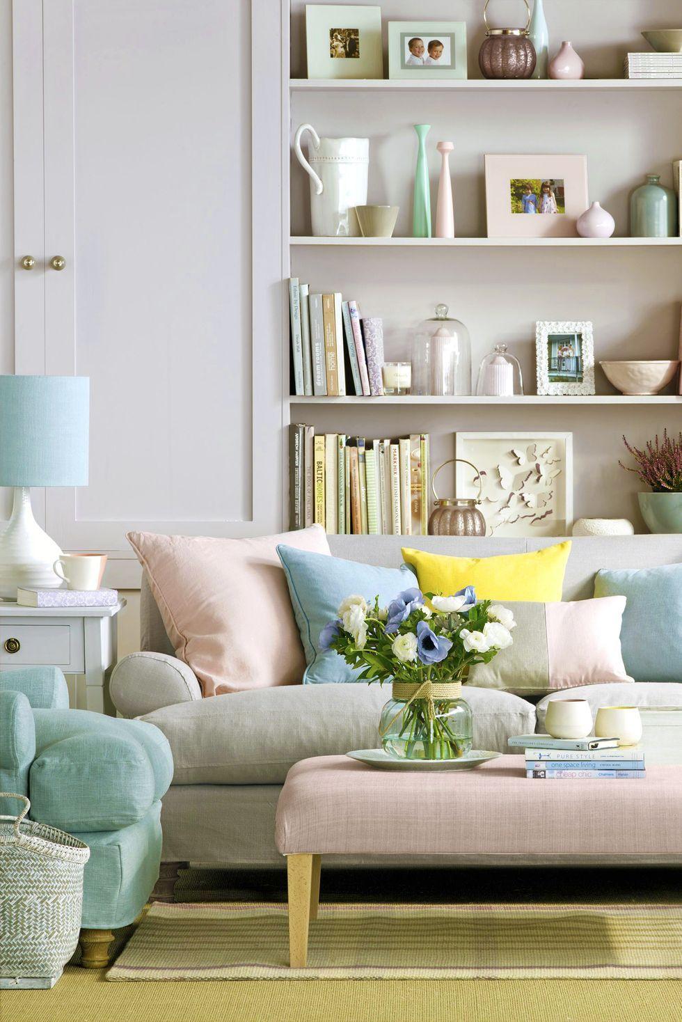 20 Chic Bookshelf Decorating Ideas   How to Decorate Bookshelves