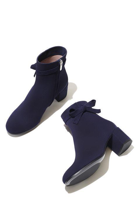 Shoe, Black, Leather, Tan, Dress shoe, Boot, Fashion design, Synthetic rubber, Walking shoe,