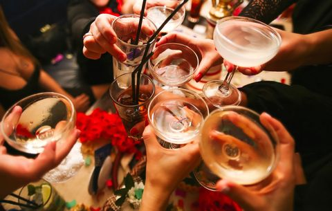 How Much Booze Should You Buy for Your Party?