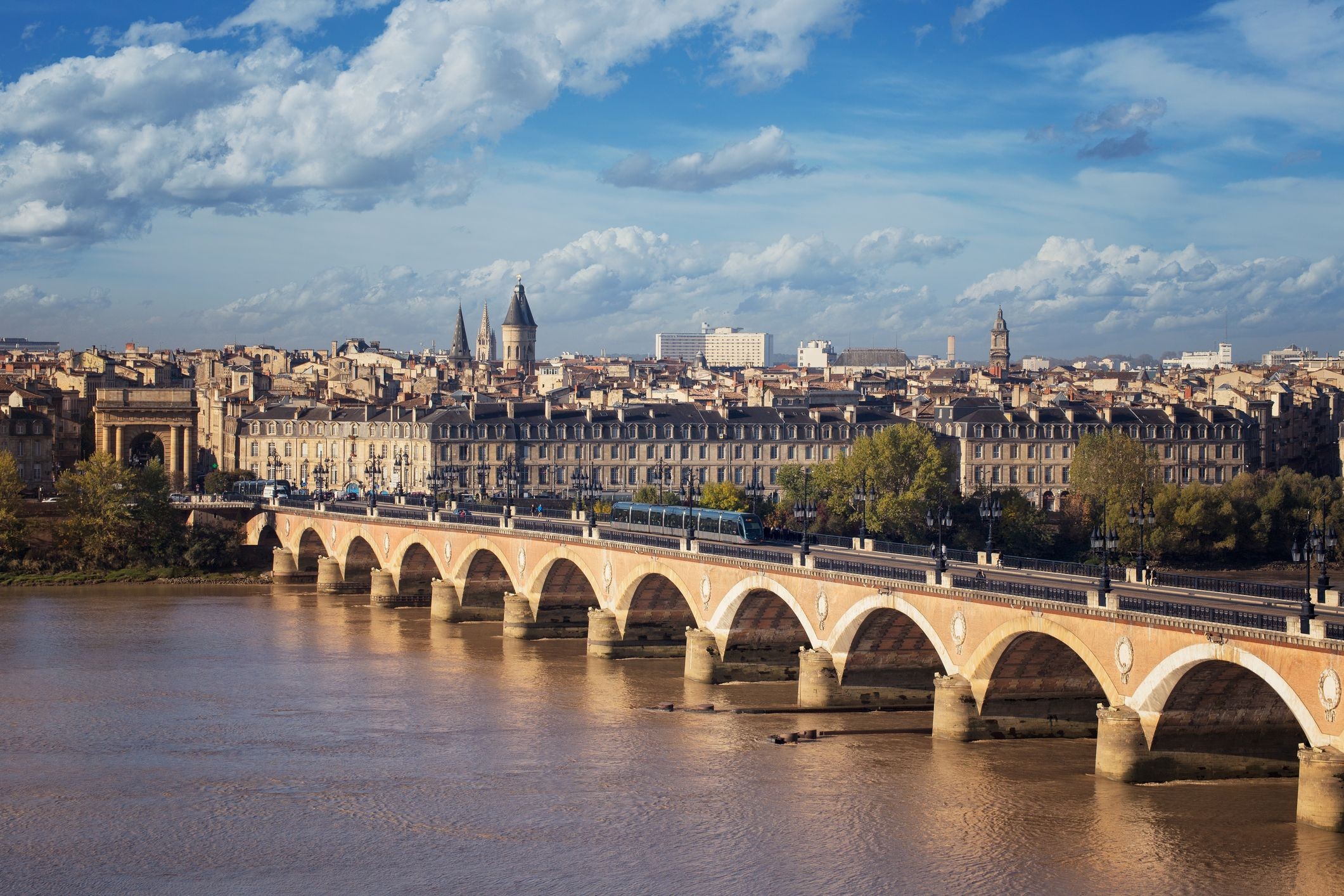 What to Do, See, and Eat in Bordeaux