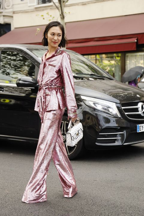 Street fashion, Automotive design, Vehicle, Car, Fashion, Luxury vehicle, Transport, Mid-size car, Mercedes-benz, Photography,