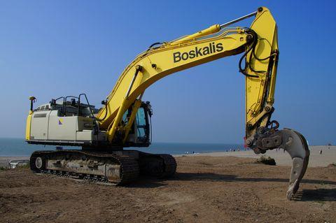 boskalis caterpillar cat hydraulic excavator