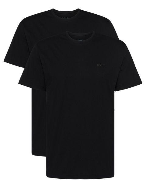 camiseta negra con americana