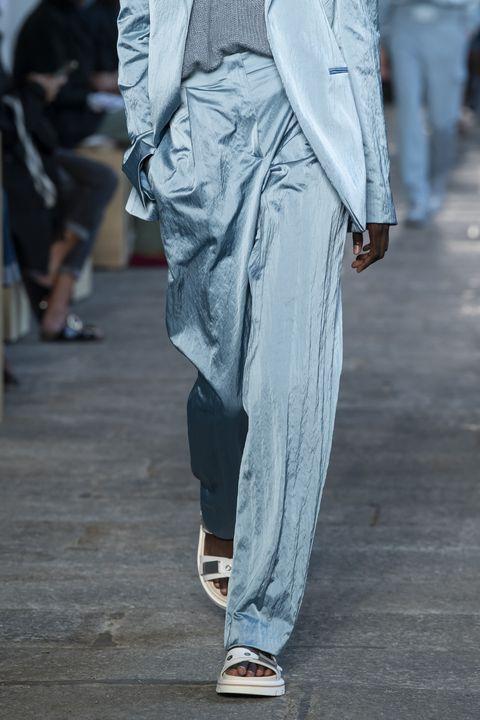 tendenze moda primavera estate 2021 pantaloni a palazzo
