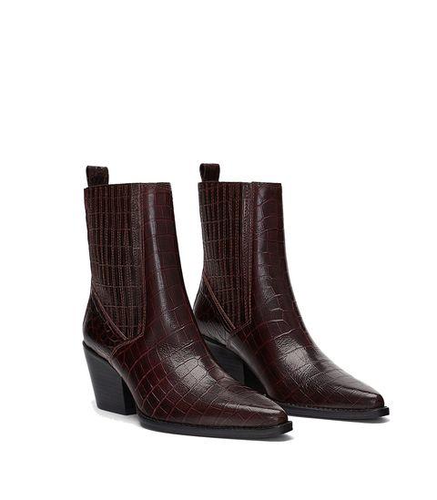 9a56ab1c9 Qué tienen estos botines  cowboy  de Zara que se han agotado en una ...
