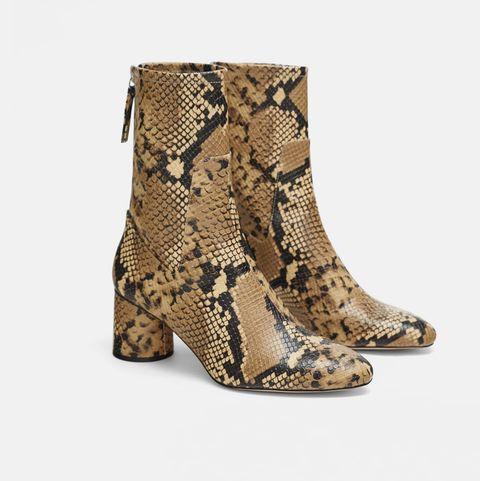 lo último 8c77b 92ee4 Las botas que no se quitan las Kardashian son de Zara y las ...