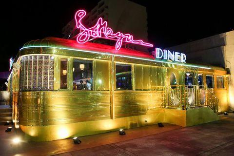 Light, Night, Transport, Restaurant, Architecture, Neon, Vehicle, Building, Metropolis, Diner,