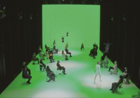 bottega veneta「1號沙龍時裝秀」神秘登場!bv設計師daniel lee蒐羅攝影大師、藝術家作品打造專屬靈感簿