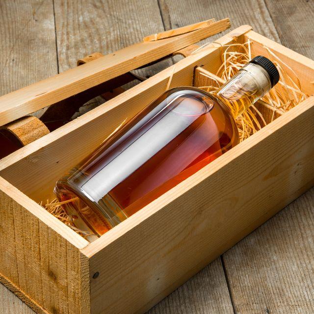 Bottle liquor fine craft whiskey bourbon rum tequila gift package