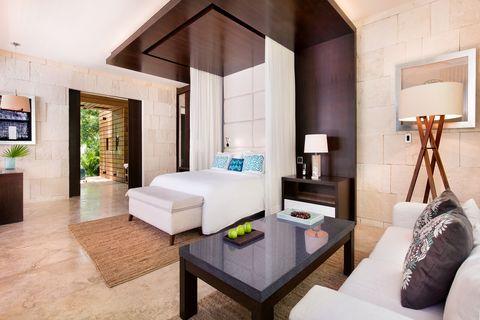 Room, Interior design, Furniture, Property, Building, Living room, Ceiling, Suite, House, Bedroom,