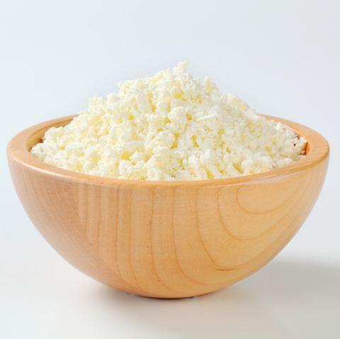 bowl de queso cottage