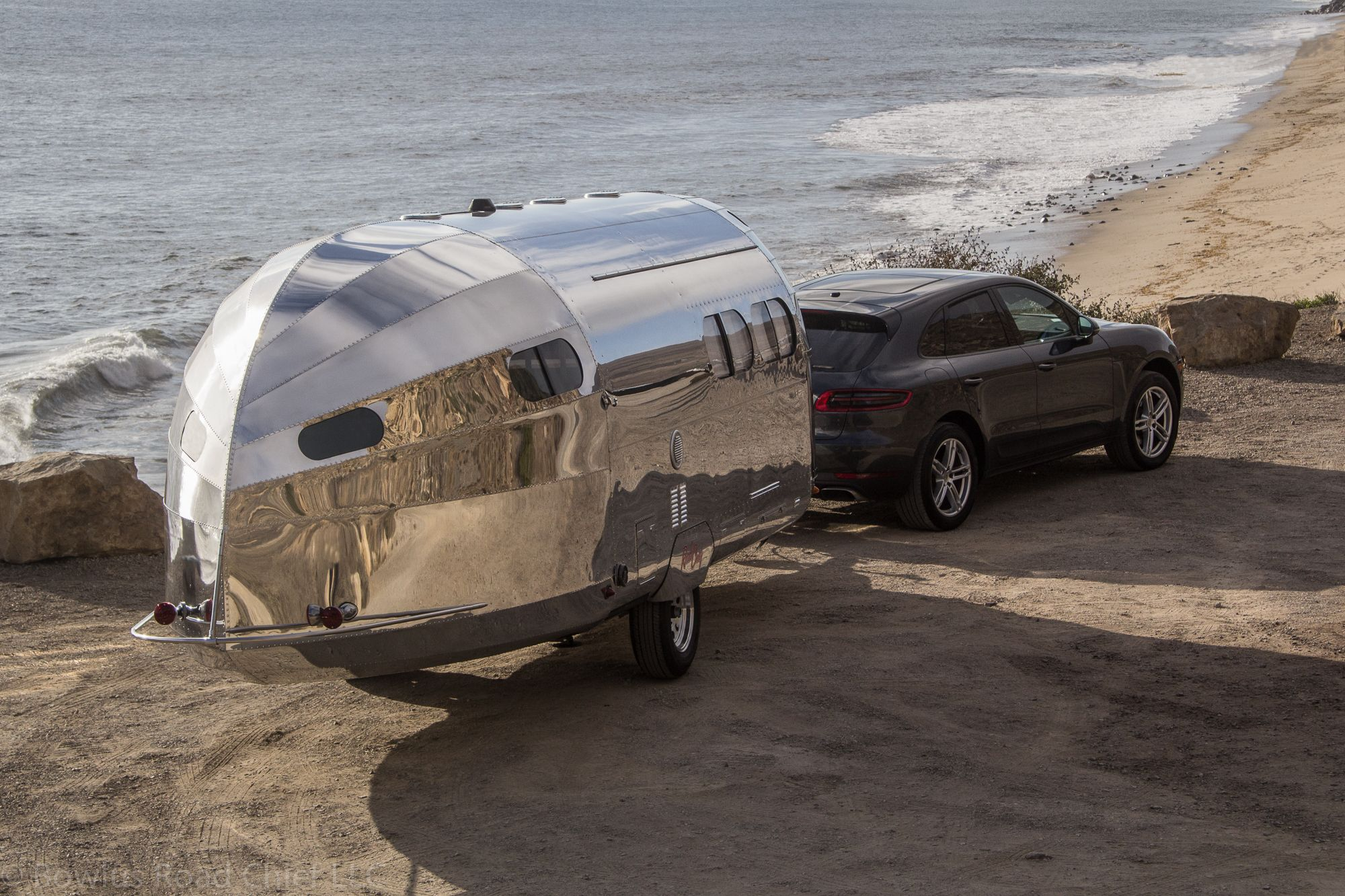 The Latest Bowlus Road Chief Is Like a Luxury Yacht on Wheels