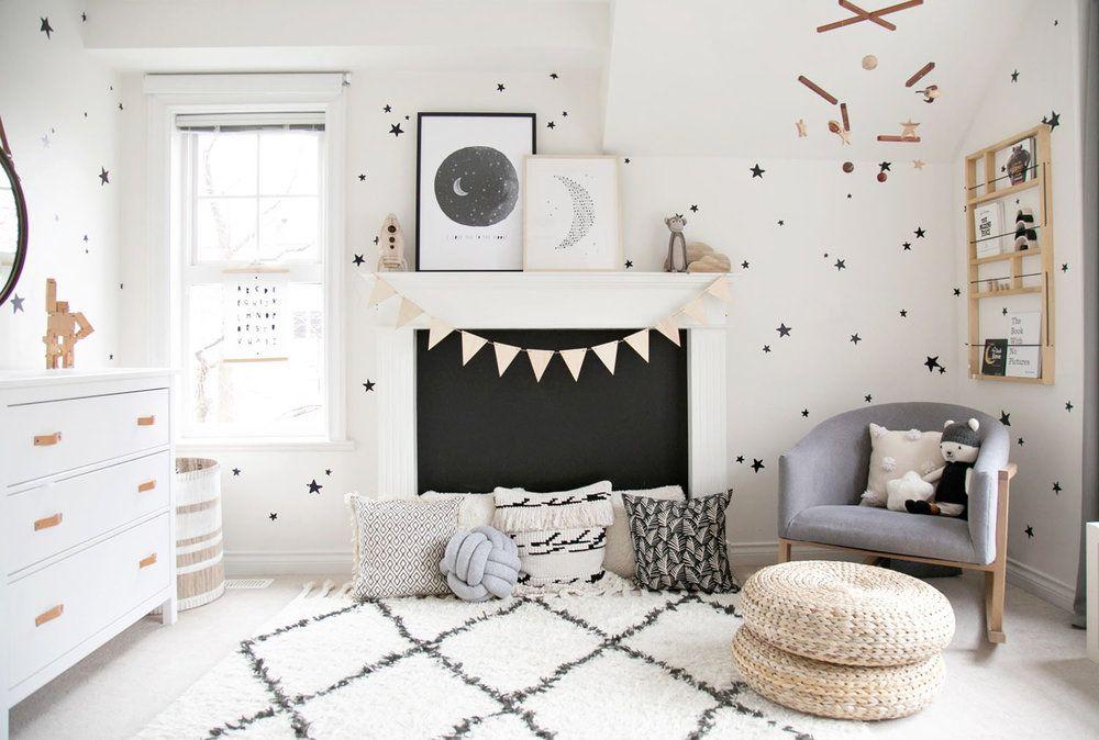 Winter Daisy Monochrome Boys Room