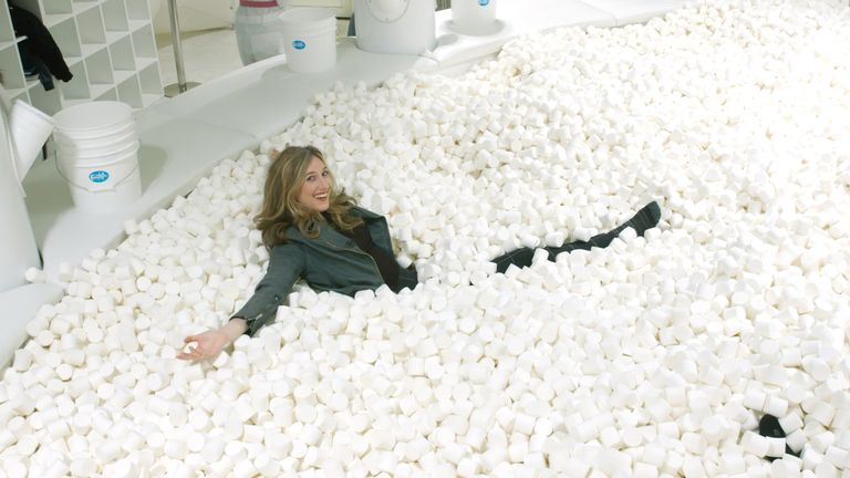 Candytopia In Nyc Has A Pool Filled With Marshmallows And