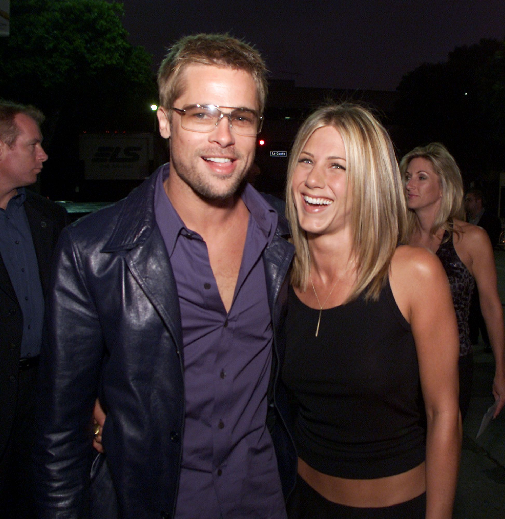 Twitter Could Not Handle Brad Pitt and Jennifer Aniston's Virtual Reunion