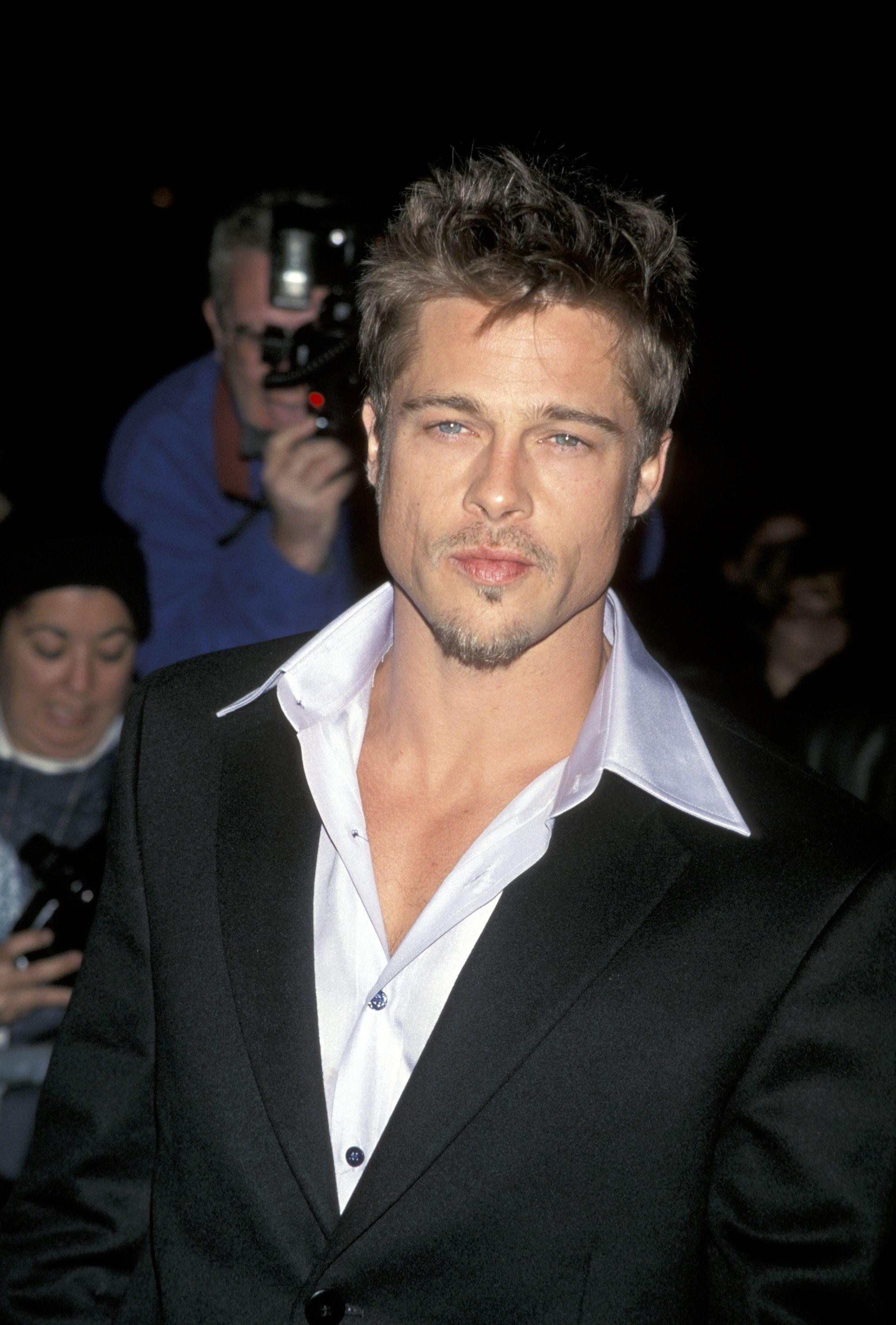 50 Photos of Brad Pitt That Prove He Hasn't Aged